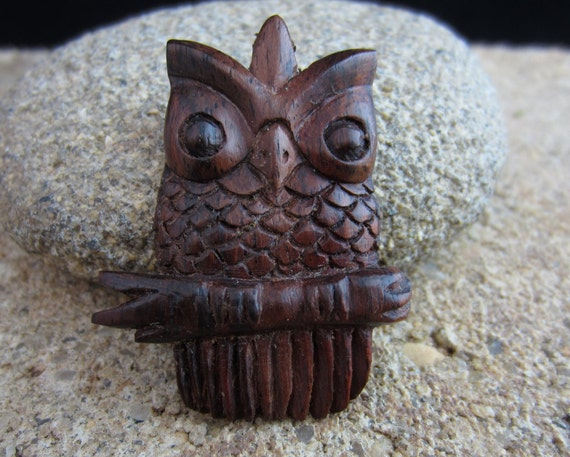 Sale off hand carved owl embellishment saba wood by
