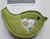 Cute felt  bird brooch pin with appliqued heart decoration