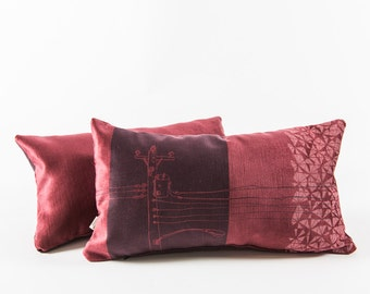 Burgundy cushion - Urban pattern 2
