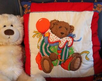 Cushion - Teddy Bear with balloon