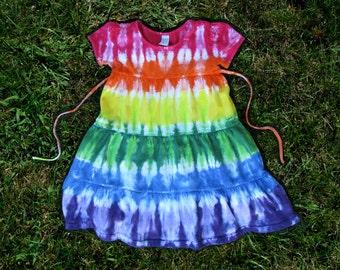 Girls rainbow short-sleeved tier dress with ties