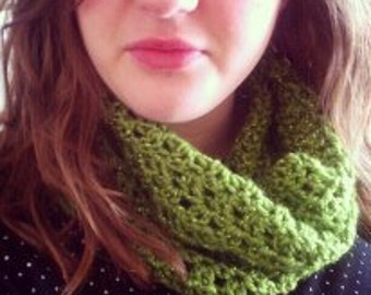 Lacy Cowl
