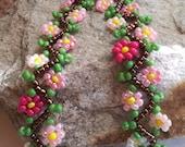 "Pink Daisy Chain Beadwoven Bracelet - 7-1/2"""