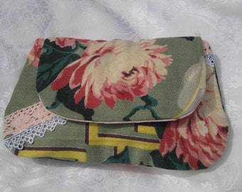 Vintage Barkcloth clutch, shabby clutch, lace fabric, hand made vintage fabric bag