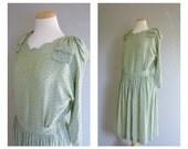 Vintage PISTACHIO Green /TEA DRESS/Printed/Green and Black Print/size Small-Medium