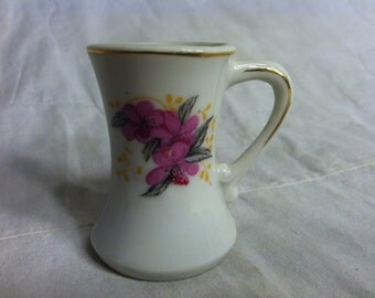 Beautiful LITTLE Vintage BUD VASE 1950s