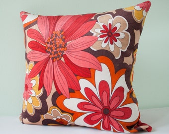 Red retro pillow cover - floral decorative pillow cover - pillowcase - throw pillow - accent floral pillow - 18 x 18 inches