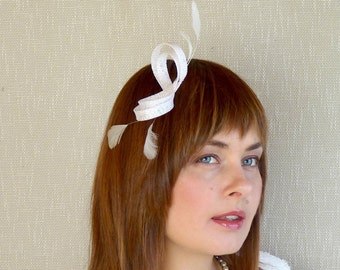 Minimalist Bridal Fascinator -  White Sinamay and Fearhter Fascinator