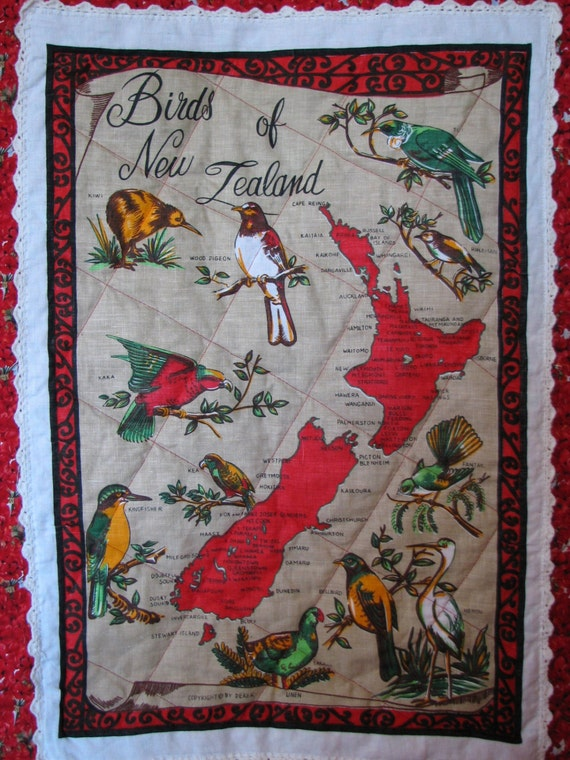 Sale NEW ZEALAND Birds & Map Quilt / baby or by HeritageAndHeart