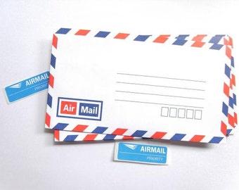 Set of 25 classic style air mail envelopes / Par avion airmail.