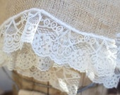 Burlap and Lace placemats - table decor place setting - Rustic Wedding - Home Decor