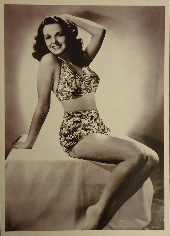 Voluptuous Jane Russell 1940s Movie Star Actress Photo