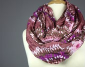 Crinkled Infinity Scarf  tie dyed, star print oversized in Brick / brown