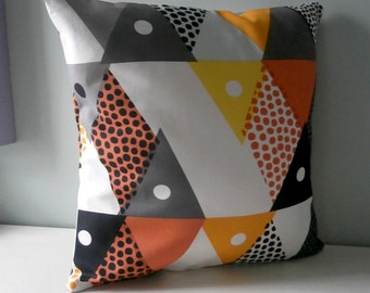 Aztec Geometric Triangle geek Cushion / Pillow cover