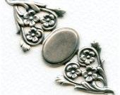 Floral Bracelet Conector Base - Oxidized Silver - 69x28mm - 19x13mm Center Piece X1