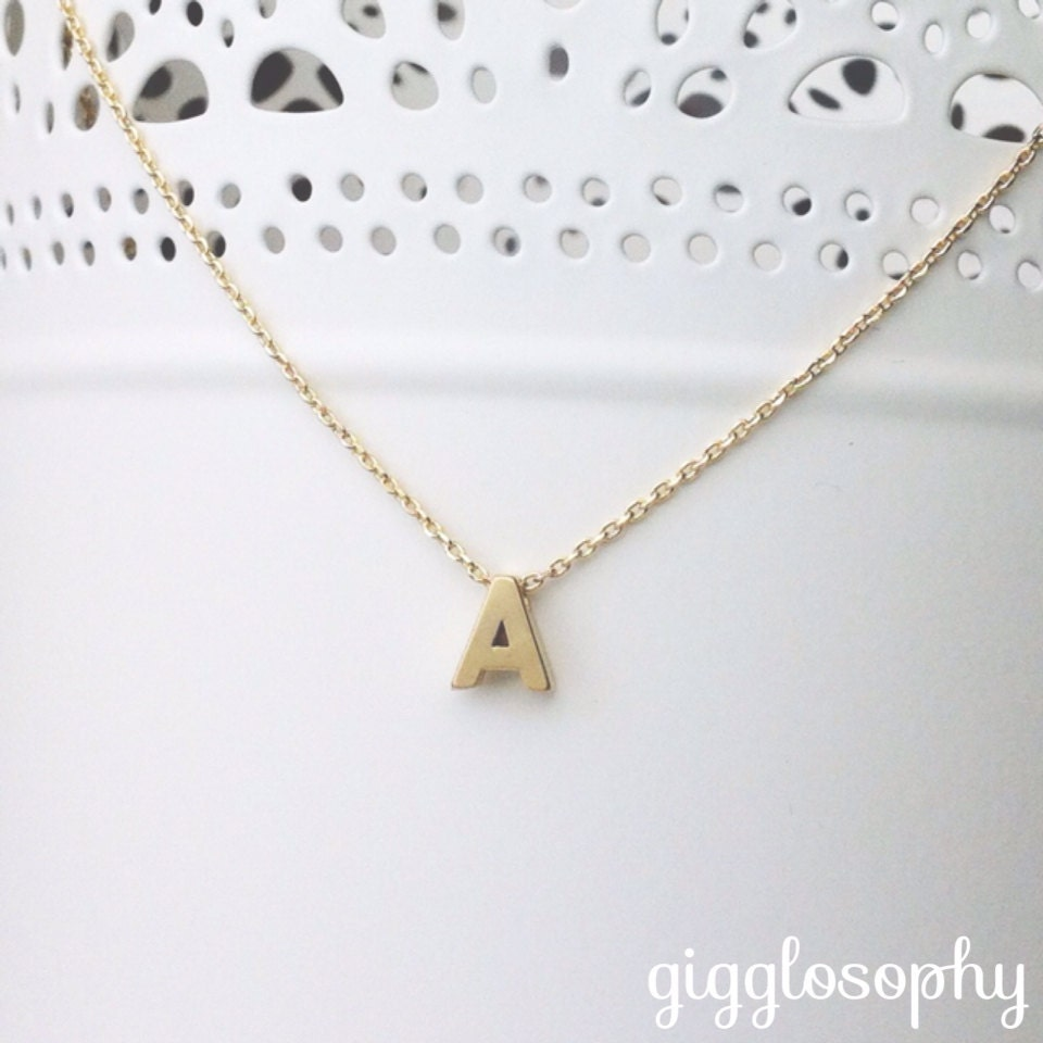 gold chain necklace featuring a letter of your choice //