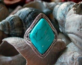 beautiful big adjustable silver ring with turquoise