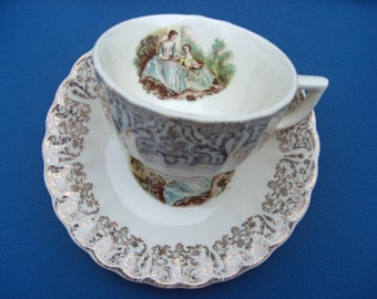 Sebring Pottery - Serenade Troubadour Pattern with Gold Filigree 1KS544 - Set of 6 Cups and Saucers
