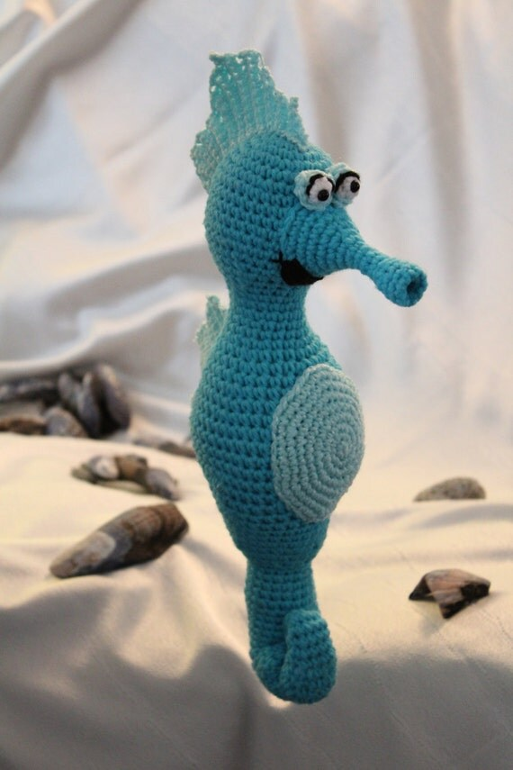 Amigurumi Crochet Pattern Sigmund the Seahorse