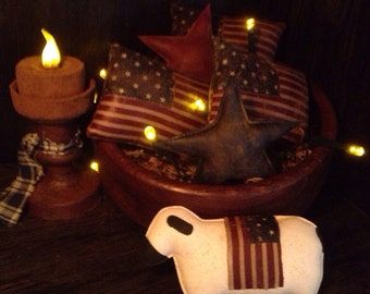 Primitive Sheep and Flag Bowl Fillers