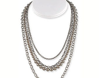 Pearl/Chain Necklace
