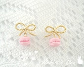 New: Pretty in Pink with a Ribbon on Top Maracron Gold Stud Earrings