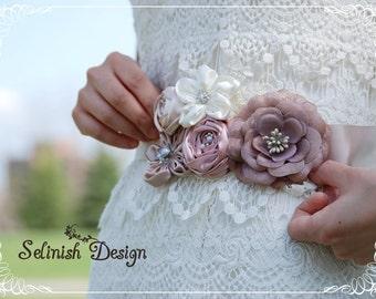 Bridal Flower Sash- Vintage Inspired Floral Belt Sash, Ivory, Beige, Pink, Champain Wedding Sash, Wedding Sash Belt, Bridal Belt