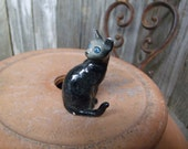 Cute Brown Grey Vintage Porcelain Siamese Cat Figure - Fizzybiskit