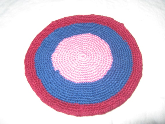 items similar to dollhouse 6 round knit area rug in navy pink burgundy free shipping on etsy. Black Bedroom Furniture Sets. Home Design Ideas