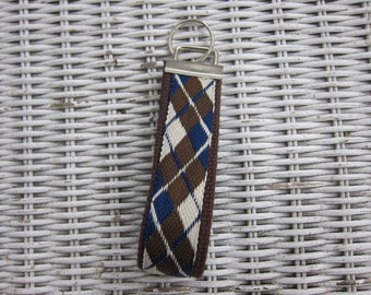 Preppy Argyle Keychain - Womens Fashion Key Fob