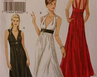 Halter Dress or Gown Vogue Pattern 8447  Uncut Sizes 4-6-8-10  Bust  29.5-30.5-31.5-32.5""