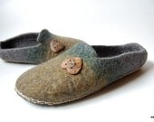 SALE felted slippers for men ( women big size ) Hearts -Handmade wool home shoes - Relax -Eco living-8,5 US