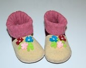 """Girls wool slippers boots, light yellow/fuxia """"Flower twig"""", soft sole shoes, toddler kids indoor shoes"""