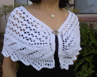 Lady capelet knitting pattern