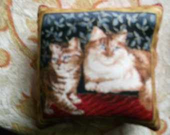 cat& kitten  pin cushion