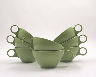 Avocado Green Plastic Cups - Set of 8