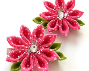 Kanzashi  Fabric Flowers. Set of 2 hair clips. Pink.