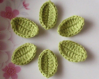 6 Crochet  Leaves In Lt Green YH-82-04