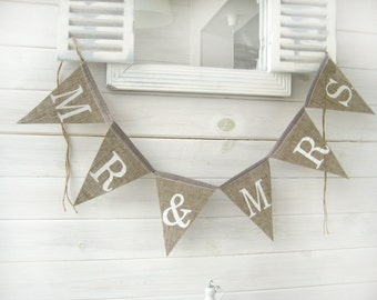 MR & MRS burlap banner - Wedding Banner - Rustic Wedding Burlap Sign- Photography prop- wedding photobooth props-wedding garland sign
