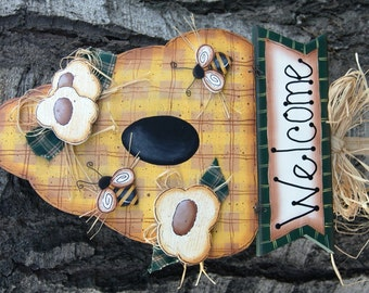 Bee and Beehive Welcome Sign - Yard Stick - Garden Outdoor Sign