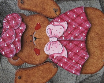 "Valentine - Wooden ""Seasonal Bear n Friends"" Outfit"