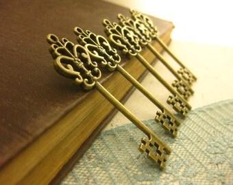 10 pcs Large Antique Brass Double sided skeleton Key Charm Steampunk Supplies Wedding Key wholesale lot bulk