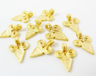 10 Curl Scroll Triangular Spike Charms - 22k Matte Gold Plated
