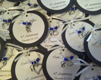 custom hearts and love wine charm favors weddings bridal shower rehearsal dinner