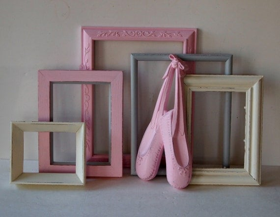 picture frames and ballet slippers wall hanging vintage. Black Bedroom Furniture Sets. Home Design Ideas