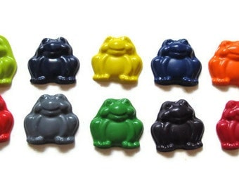 Frog Crayons set of 10 - party favors - recycled crayons