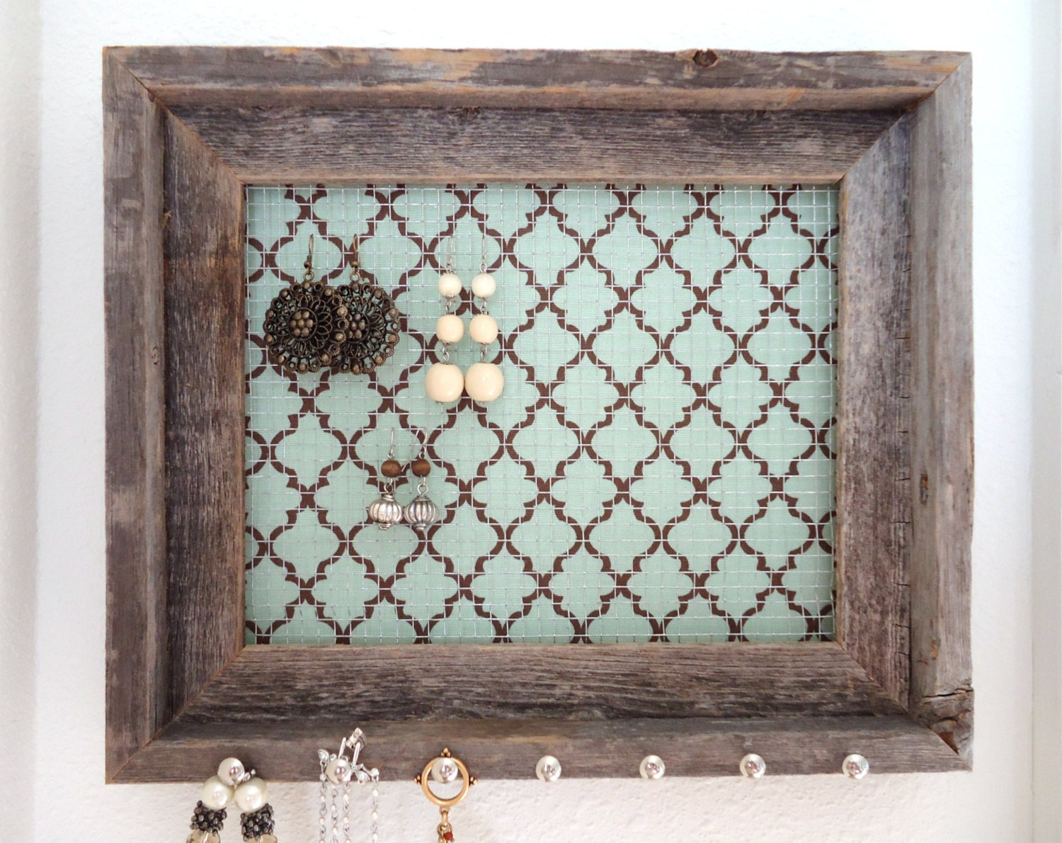 picture frame jewelry holders jewelry organizer jewelry holder barnwood frame by 1162