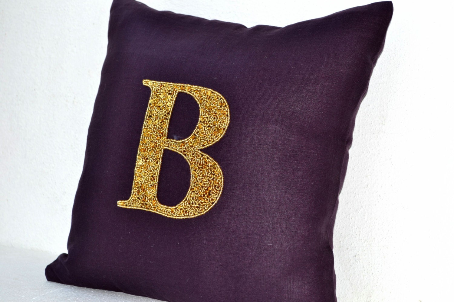 Monogram Pillows Personalized throw pillows Gold by AmoreBeaute