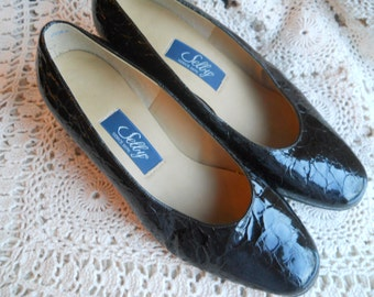 Selby black patent leather size 8