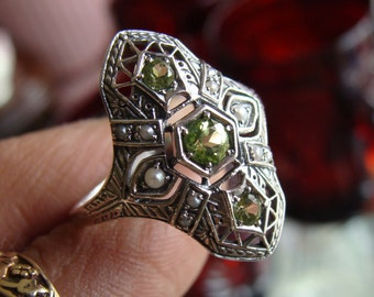 Art Deco design Sterling Silver Peridot & Seed Pearl  Ring  Size 7 1/2